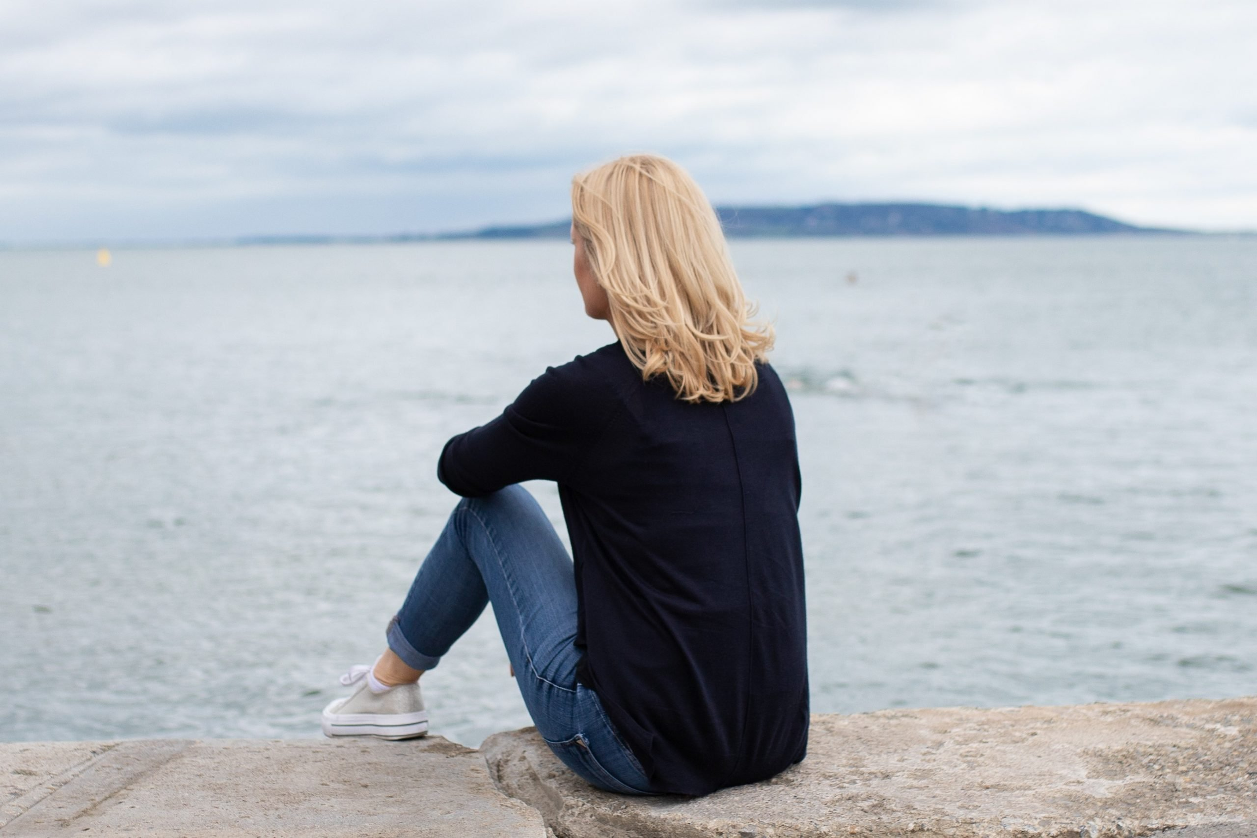 Thinking reflecting sea